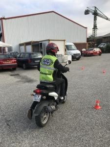 Permis AM (cyclo), Croisonnier auto-école